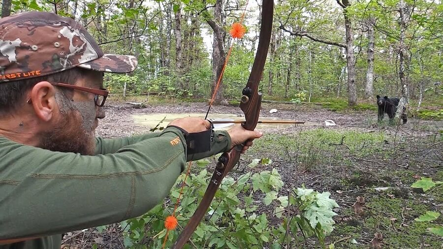 How To Aim With A Recurve Bow: Brush Up The Basics