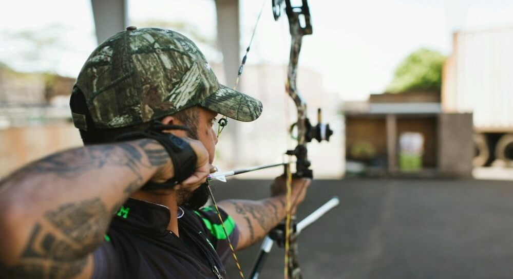 What Size Peep Sight For Bow Hunting: Accuracy Matters