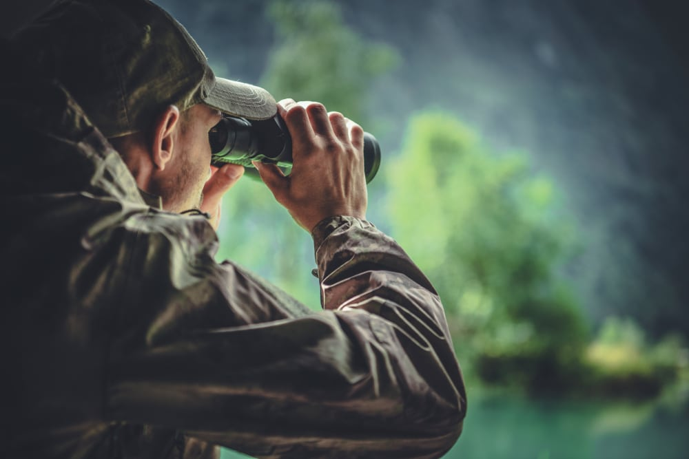 Monocular vs Binocular: What Are The Differences And What Should You Go For?